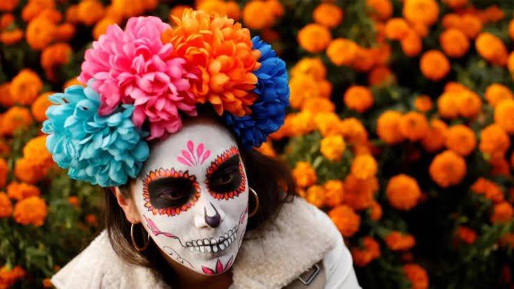 Alguien se burló de la manera en la que celebramos el Día de Muertos e internet no perdonó