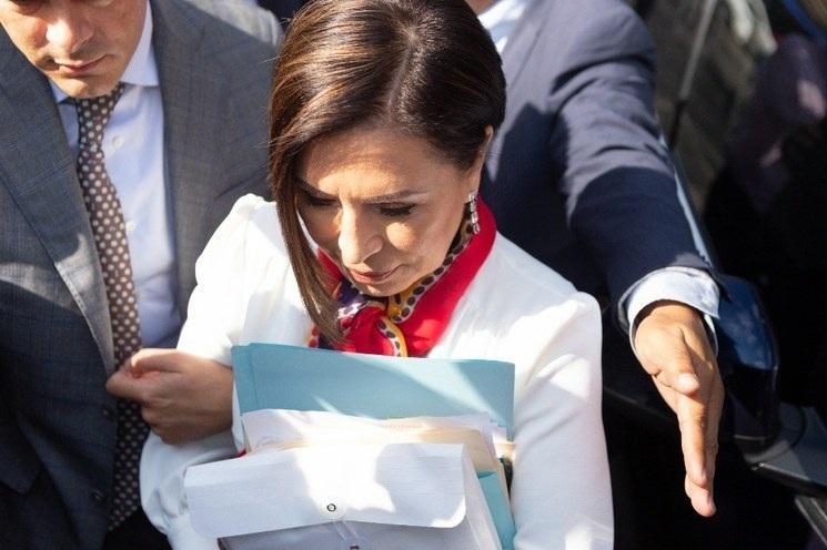 Analiza Rosario Robles colaborar con la FGR y obtener beneficios